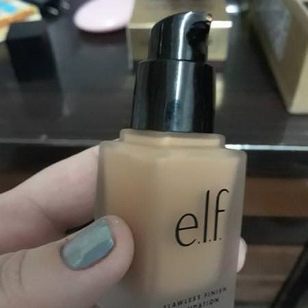 E.L.F, Flawless Finish Foundation, Oil Free, Sand, 0.68 fl oz (20 ml) Review