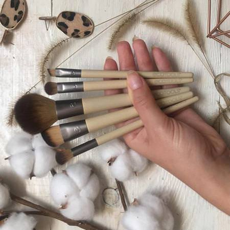 EcoTools, Start The Day Beautifully Brush Set, 5 Piece Set & Storage Tray Review