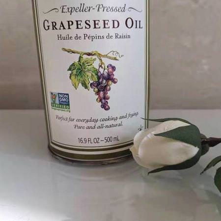 La Tourangelle, Expeller-Pressed Grapeseed Oil, 16.9 fl oz (500 ml) Review